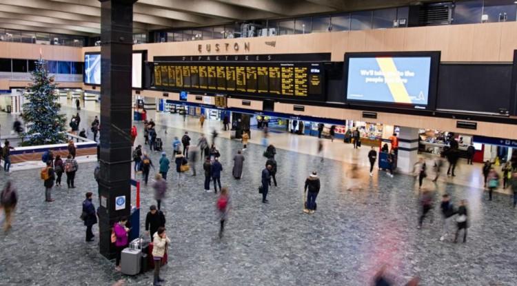 coronavirus travel airport
